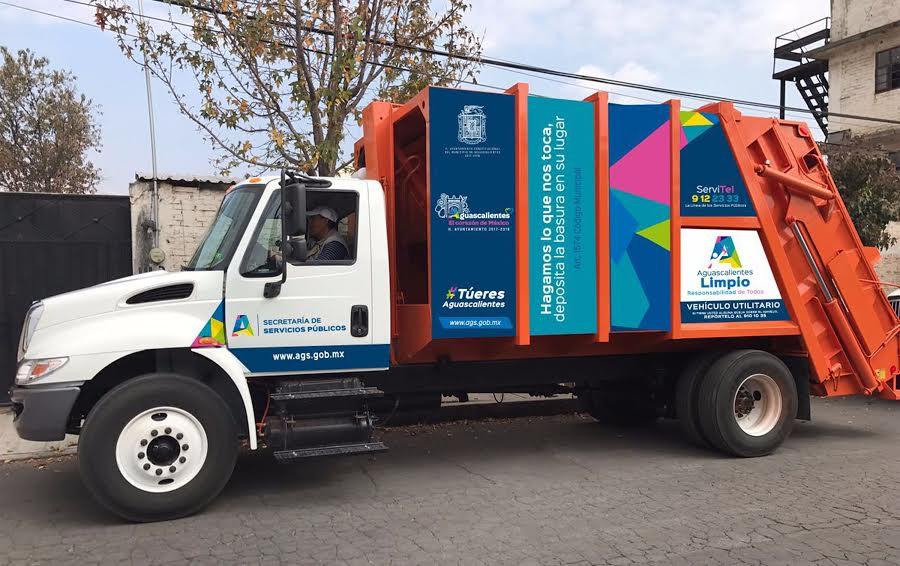 Refuerza el @MunicipioAgs servicio de recolección de basura