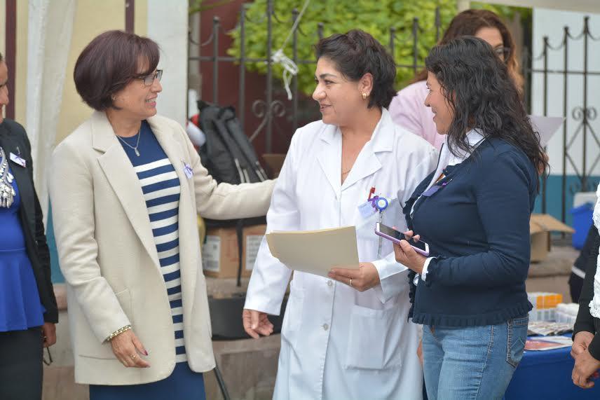 Conmemoran el Día de la Mujer con servicios de salud gratuitos