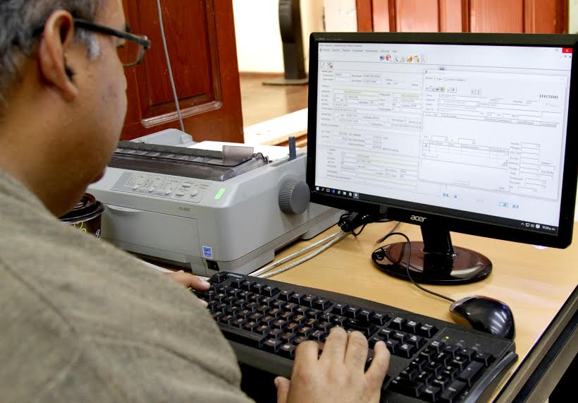 Anuncian ventanilla digital para trámites municipales
