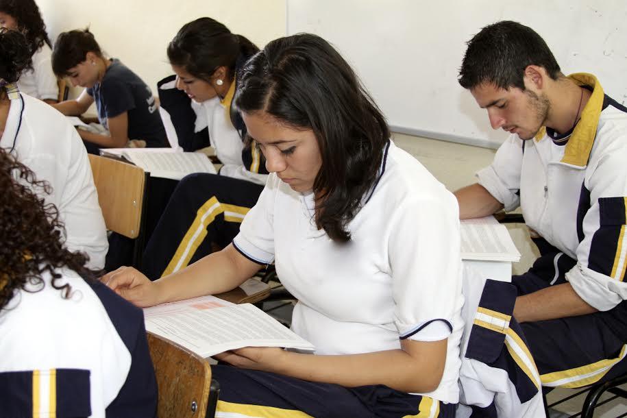 Aplican prueba planea en educación media superior