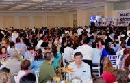 Gastó el gobierno en regalos para maestros casi 9 millones de pesos