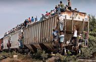 """Migrante prefiere caminar que usar """"La Bestia"""""""