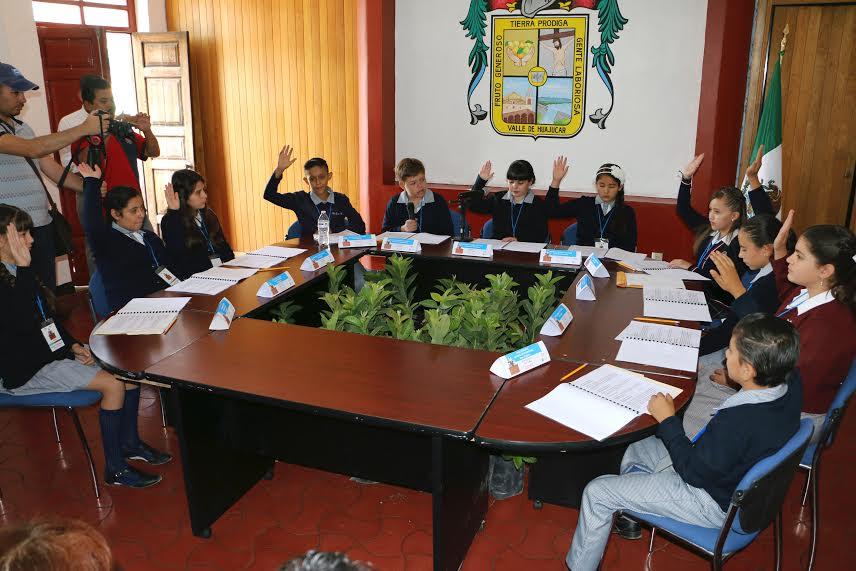 Sesiona cabildo infantil en Calvillo
