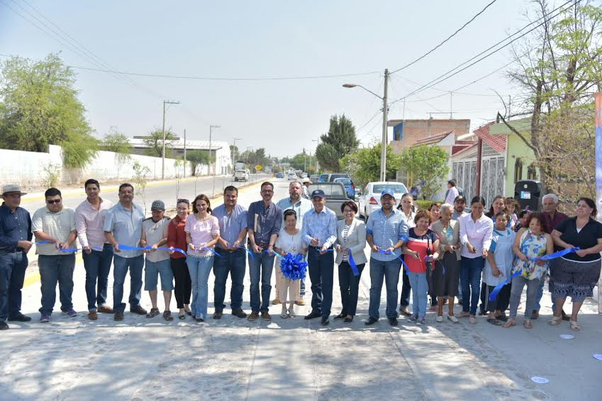 Entrega alcalde obras en Margaritas
