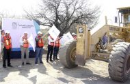 Castiga EPN al gobierno local con recursos para obra pública