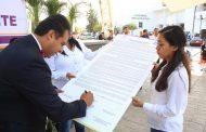 Firma alcalde de Pabellón manifiesto de voluntad por el medio  ambiente