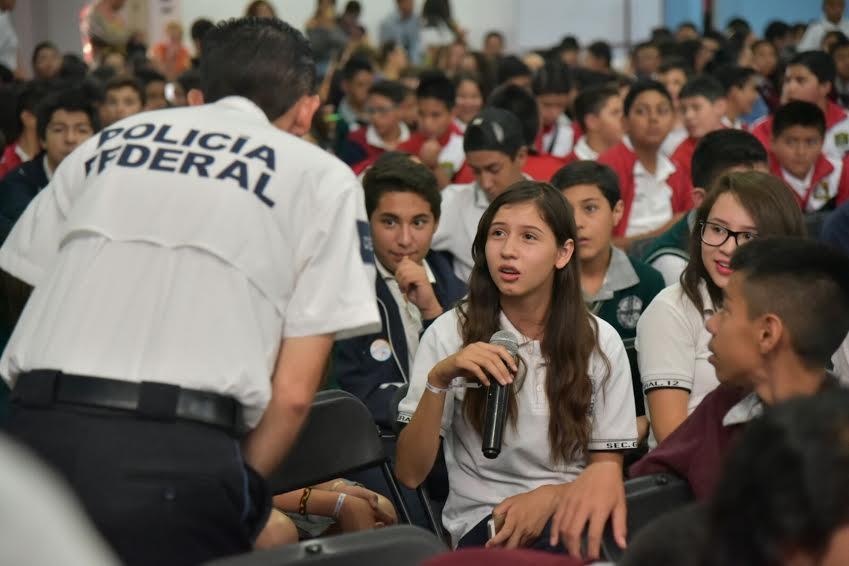 Imparten taller sobre delitos cibernéticos en Jesús María