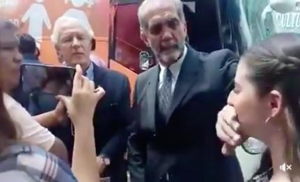 Niega disculpa a mujer el Presidente del Consejo Mexicano de la Familia