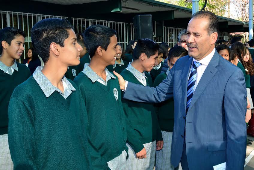 Anuncia IEA 50 mdp para cuotas escolares y disminución de alumnos en planteles