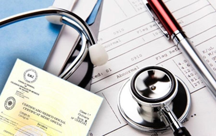 Paupérrima la certificación de médicos en México