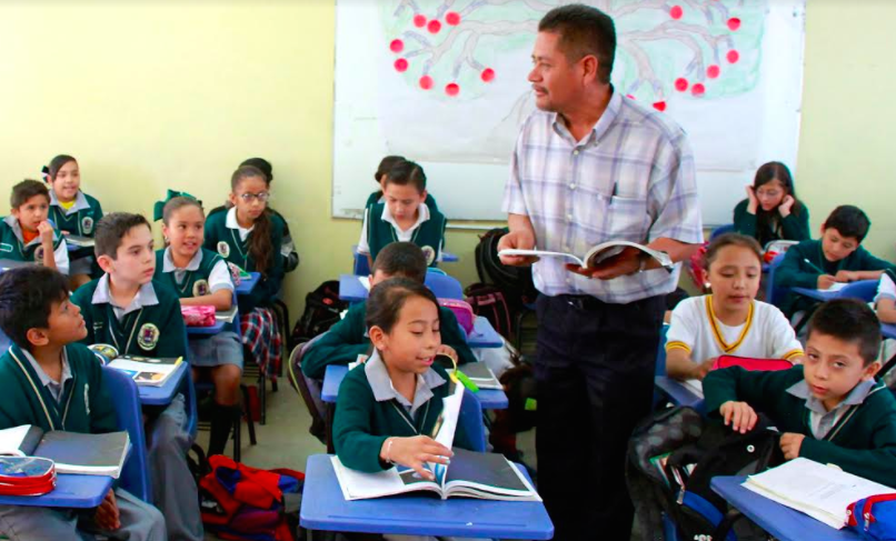Destacan docentes de Aguascalientes a nivel nacional