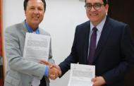 Firma convenio IEA con CREFAL