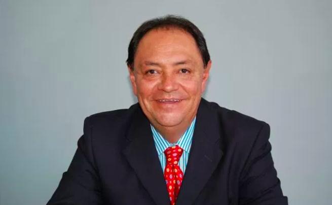Magistrados electorales con sueldo millonario / Vale al Paraíso