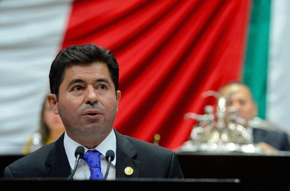 Quiere Peña Nieto castigar a Aguascalientes: López
