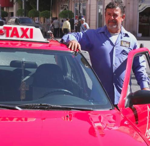 """Se suman 20 nuevos choferes al programa """"Taxista Vigilante"""""""