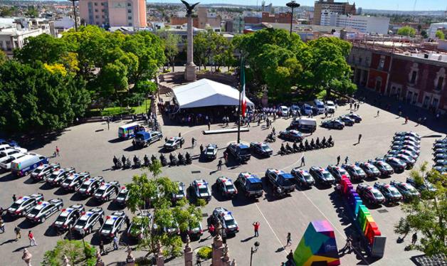 Tienen policías municipales déficit de 2200 elementos