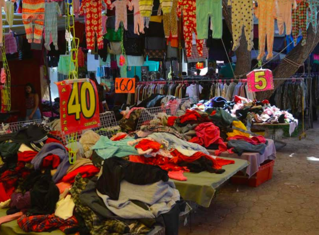 Alerta ISSEA a la población por la compra de ropa usada