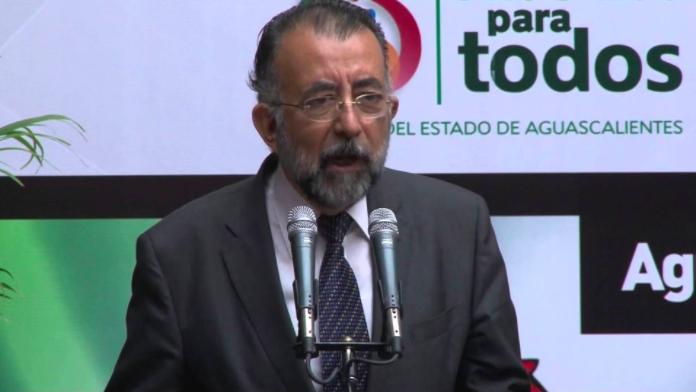 Hay 10 que quieren relevar a Martín Jáuregui en la CEDH