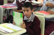 Dona IEA más de 2 mil libros en Telesecundaria