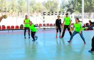 Concluye curso en iniciación de Handball