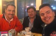 En pláticas Toño Martín con PRD y MC