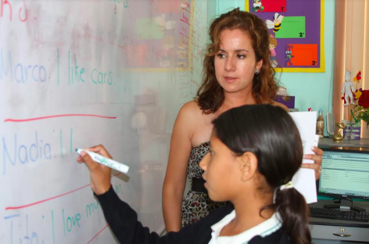 IEA favorece certificación de docentes de Inglés con becas de capacitación
