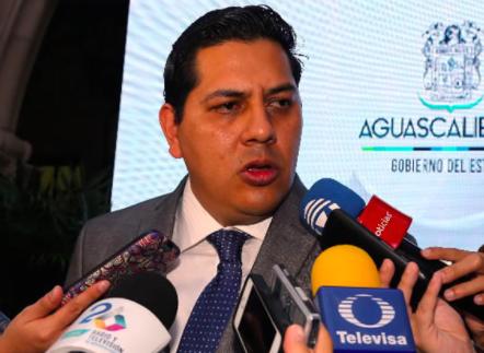 Anuncia separación del cargo, Javier Luévano