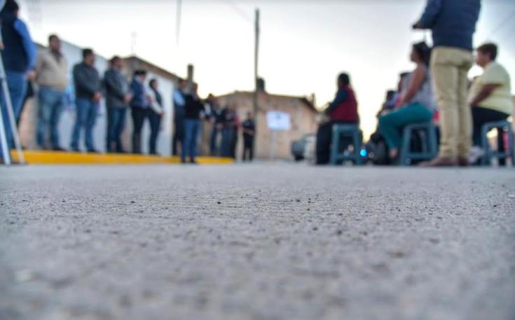 Rehabilitan calles en Fracc. Colosio