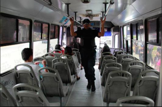 Aumentan asaltos en camiones urbanos