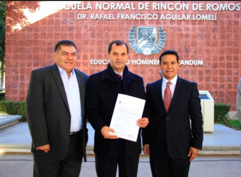 Toman alumnos Normal de Rincón de Romos, quieren fuera al Director