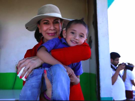 Propone Lorena Martínez cambiar el nombre al PRI