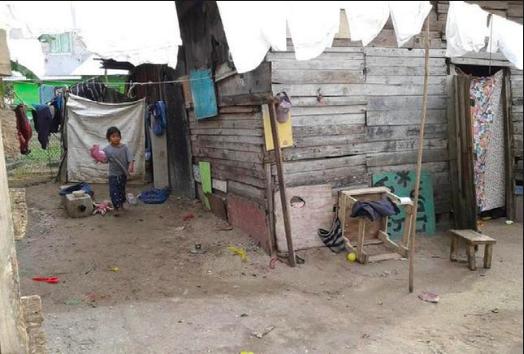 Más de 15 mil aguascalentenses viven en casas  de cartón, lámina y piso de tierra