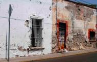 En alerta P. Civil por posibles derrumbes en fincas dañadas