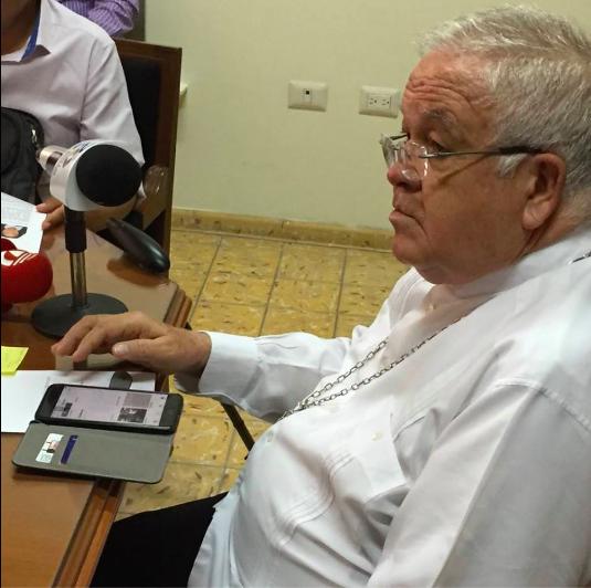 Presenta iglesia católica decálogo a presidenciables