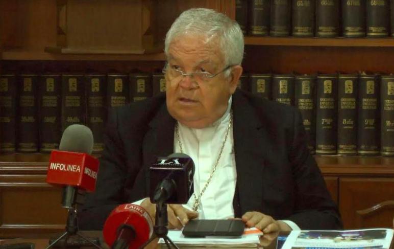 Obispo guarda silencio por casos de pederastia