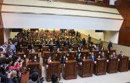 Reparten comisiones a diputados