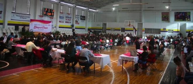 Eliminan gastos en Pabellón para apoyar a 300 madres solteras
