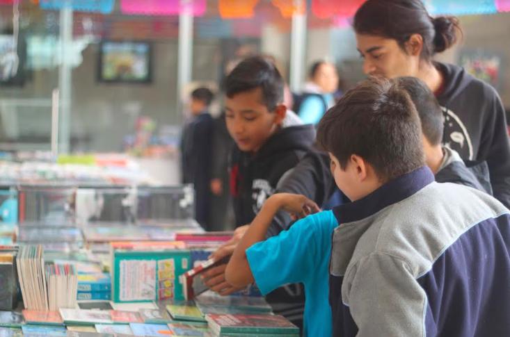 Organizan Feria del Libro en Pabellón de Arteaga