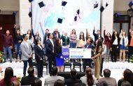Tere Jiménez pagará titulación de 7500 estudiantes