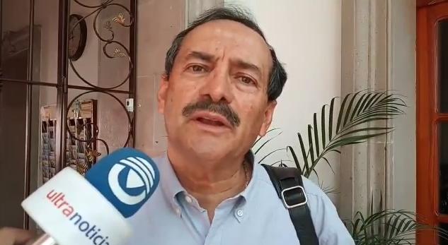 Pide «El Mosco» a Tere Jiménez invitar a la campaña a Julio Medina