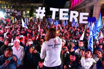 Arranca campaña Tere Jiménez