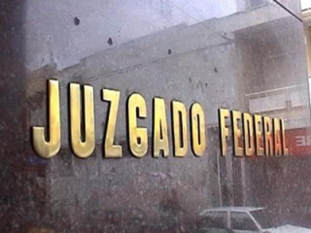Otorgan 144 horas a René Carrillo para que se defienda de la FGR