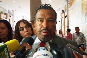 Diputado quiere operativo mochila obligatorio