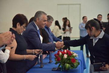 Reconoce Gobierno Municipal de JM a estudiantes destacados