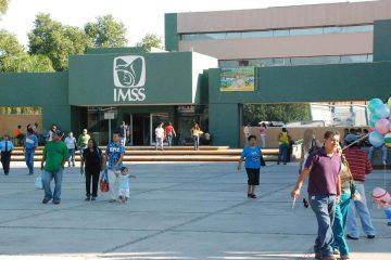 Divide a derechohabientes la atención en el IMSS