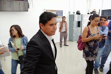 Libra «Paco» Chávez una batalla frente al IEA