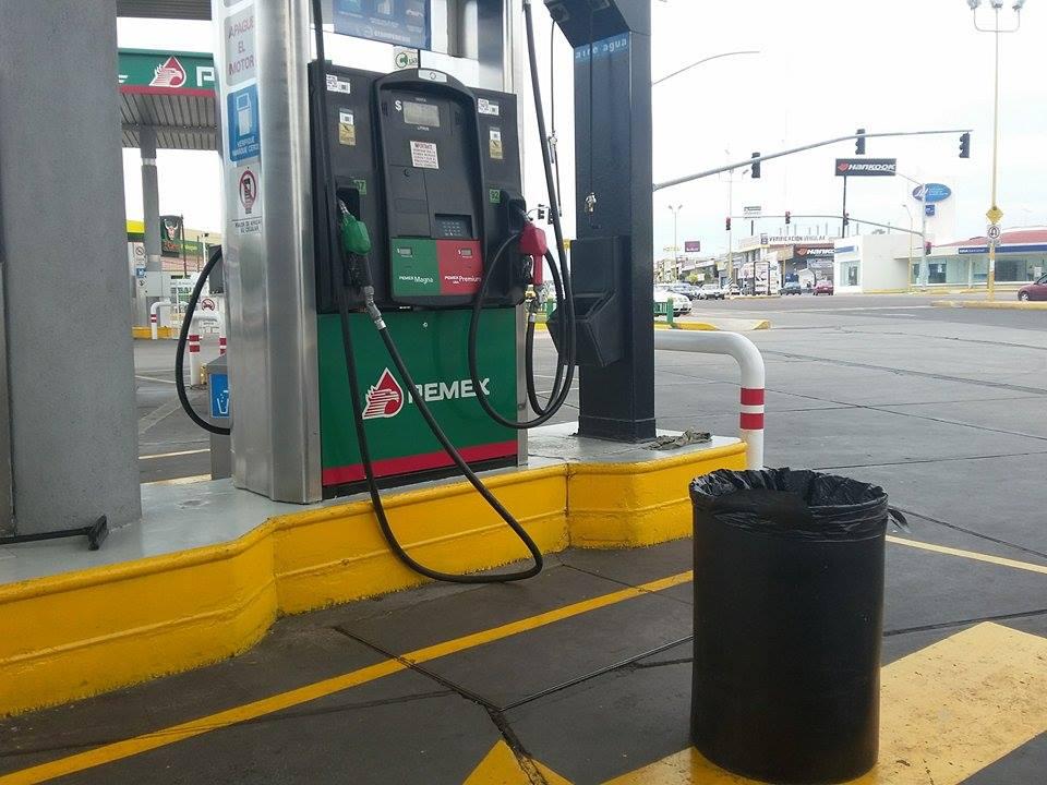 Persiste desabasto de gasolinas