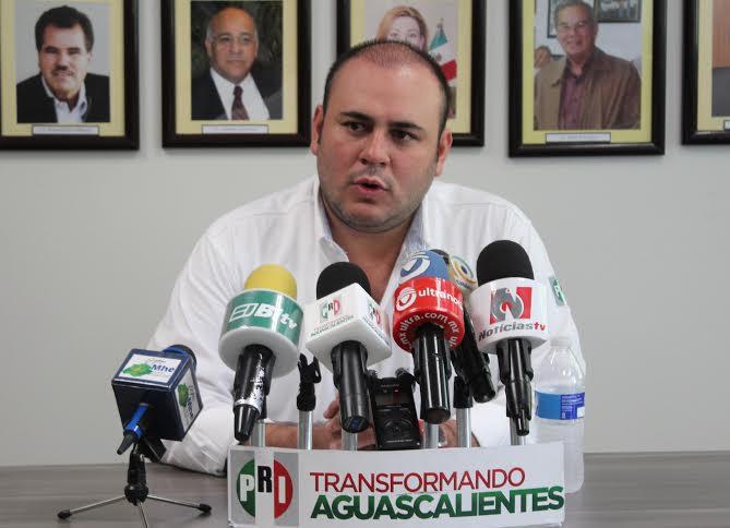 Lorena Martínez no es el único cuadro en el PRI: @PacoGuel