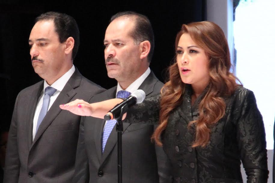 Tomó protesta @TereJimenezE como alcaldesa de Aguascalientes