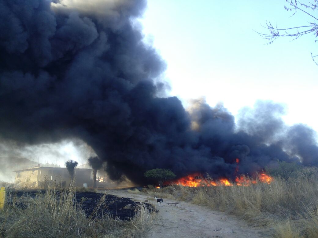 Alerta @pcestatal_ags sobre más incendios en predios con pasto seco